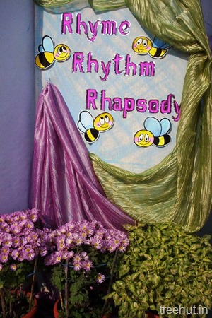 school stage backdrop decoration bees chrysanthemum flowers
